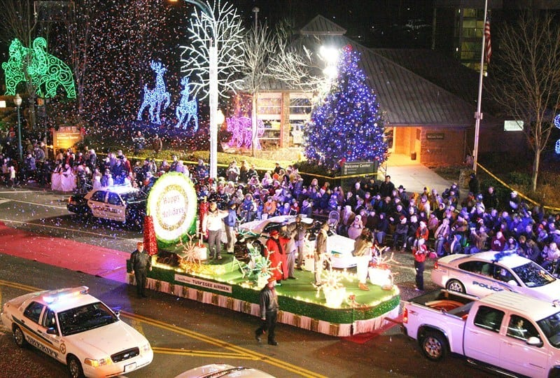 gatlinburg christmas parade