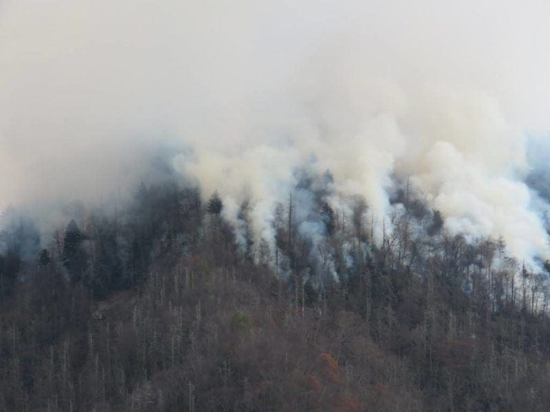 fire and smoke-in gatlinburg tn