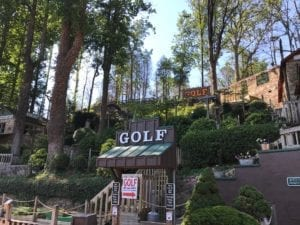 Gatlin's mini golf outdoors